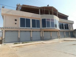 Local Comercial En Venta En Coro, Avenida Independencia, Venezuela, VE RAH: 16-11707