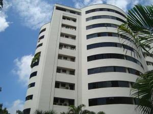 Apartamento En Venta En Valencia, Los Mangos, Venezuela, VE RAH: 16-11717