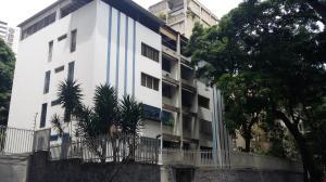 Apartamento En Venta En Caracas, Sebucan, Venezuela, VE RAH: 16-11752