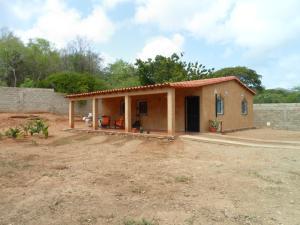 Casa En Venta En Municipio Gomez Santa Ana, El Cercado, Venezuela, VE RAH: 16-11737