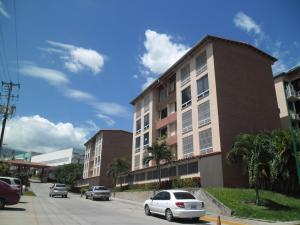 Apartamento En Venta En Guatire, Sector San Pedro, Venezuela, VE RAH: 16-11743