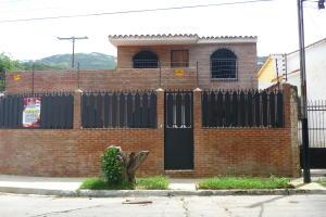 Casa En Venta En Municipio Naguanagua, El Naranjal, Venezuela, VE RAH: 16-12502
