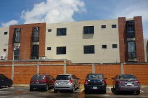 Apartamento En Venta En Guacara, Ciudad Alianza, Venezuela, VE RAH: 16-11840