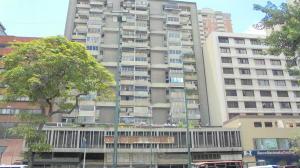 Apartamento En Venta En Caracas, Parroquia La Candelaria, Venezuela, VE RAH: 16-11763