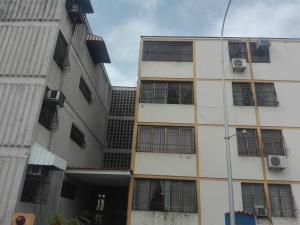 Apartamento En Venta En Municipio San Diego, Monteserino, Venezuela, VE RAH: 16-11829