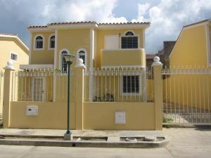 Casa En Venta En Charallave, Vista Linda, Venezuela, VE RAH: 16-11778