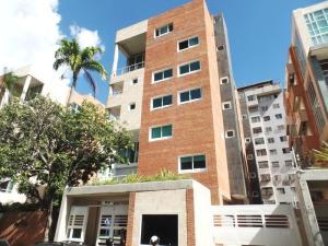 Apartamento En Venta En Caracas, Campo Alegre, Venezuela, VE RAH: 16-12218