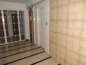 Apartamento En Venta En Caracas - Sabana Grande Código FLEX: 16-11835 No.10