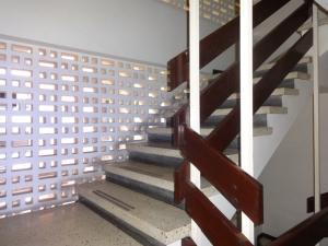 Apartamento En Venta En Caracas - Sabana Grande Código FLEX: 16-11835 No.11
