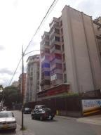 Apartamento En Venta En Caracas, Sabana Grande, Venezuela, VE RAH: 16-11835