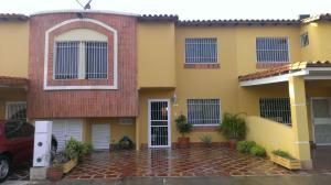Casa En Venta En Cabudare, Parroquia Cabudare, Venezuela, VE RAH: 16-11821