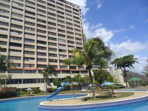 Apartamento En Venta En Parroquia Naiguata, Longa España, Venezuela, VE RAH: 16-11825