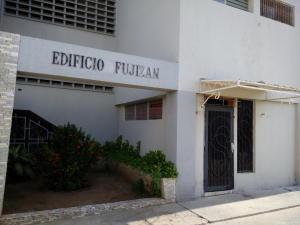 Oficina En Venta En Maracaibo, Cecilio Acosta, Venezuela, VE RAH: 16-11628