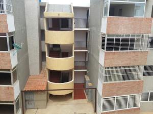 Apartamento En Venta En Punto Fijo, Las Virtudes, Venezuela, VE RAH: 16-11854