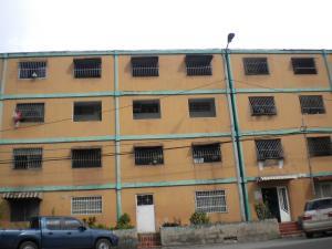 Apartamento En Venta En Valencia, La Isabelica, Venezuela, VE RAH: 16-11856