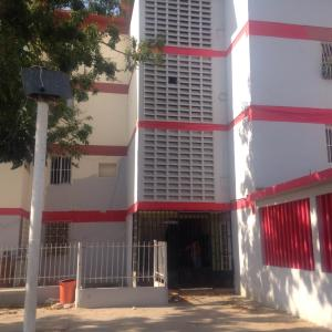 Apartamento En Venta En Punto Fijo, Jorge Hernandez - Banco Obrero, Venezuela, VE RAH: 16-11866