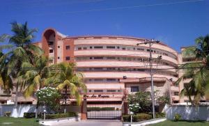 Apartamento En Venta En Tucacas, Tucacas, Venezuela, VE RAH: 16-11872