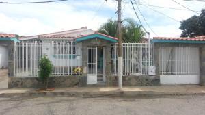 Casa En Venta En Guacara, Ciudad Alianza, Venezuela, VE RAH: 16-11876