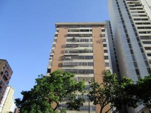 Apartamento En Venta En Caracas, San Bernardino, Venezuela, VE RAH: 16-11886