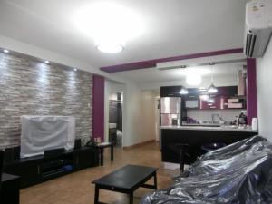 Apartamento En Venta En Coro, Plaza Suiza, Venezuela, VE RAH: 16-11930