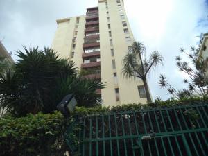 Apartamento En Venta En Caracas, Terrazas Del Club Hipico, Venezuela, VE RAH: 16-11937