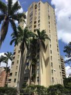 Apartamento En Venta En Caracas, El Cigarral, Venezuela, VE RAH: 16-11936