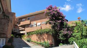 Casa En Venta En Caracas, El Hatillo, Venezuela, VE RAH: 16-11945