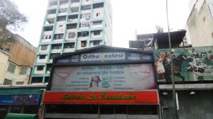 Local Comercial En Venta En Caracas, Parroquia La Candelaria, Venezuela, VE RAH: 16-11951