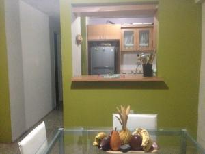 Apartamento En Venta En Maracaibo, El Naranjal, Venezuela, VE RAH: 16-11961