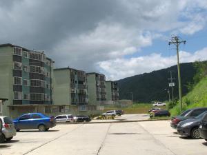 Apartamento En Ventaen Guatire, La Sabana, Venezuela, VE RAH: 16-11975