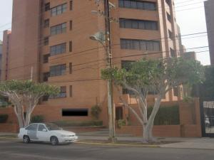 Apartamento En Venta En Maracaibo, La Lago, Venezuela, VE RAH: 16-11978