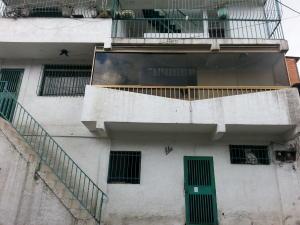Casa En Venta En Caracas, Parroquia 23 De Enero, Venezuela, VE RAH: 16-11988