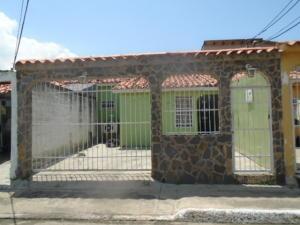 Casa En Venta En San Joaquin, Villas Del Centro, Venezuela, VE RAH: 16-12616