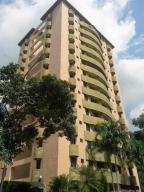 Apartamento En Venta En Valencia, El Bosque, Venezuela, VE RAH: 16-12012