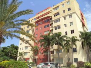 Apartamento En Venta En Municipio Naguanagua, Las Quintas, Venezuela, VE RAH: 16-12071