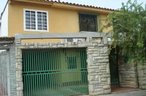 Casa En Venta En Guatire, Villa Heroica, Venezuela, VE RAH: 16-12462