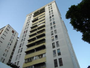Apartamento En Venta En Caracas, Terrazas Del Club Hipico, Venezuela, VE RAH: 16-12099
