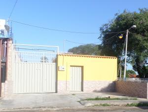 Local Comercial En Venta En Villa De Cura, Centro, Venezuela, VE RAH: 15-12818
