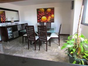 Apartamento En Venta En Caracas - La Florida Código FLEX: 16-12076 No.8