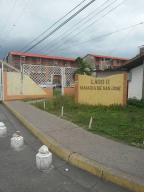 Apartamento En Venta En Maracay, Madre Maria, Venezuela, VE RAH: 16-12115