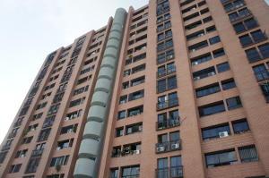 Apartamento En Venta En Caracas, Los Rosales, Venezuela, VE RAH: 16-12079