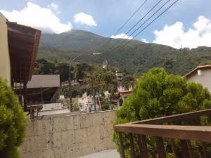 Casa En Venta En Caracas - Los Palos Grandes Código FLEX: 16-12087 No.8