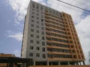 Apartamento En Venta En Valencia, Ciudad Jardin, Venezuela, VE RAH: 16-12120
