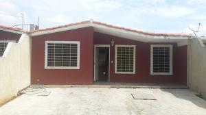 Casa En Venta En Acarigua, Bosques De Camorucos, Venezuela, VE RAH: 16-12109