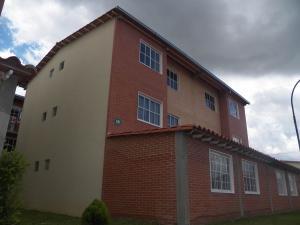 Apartamento En Venta En Guatire, Alto Grande, Venezuela, VE RAH: 16-12122
