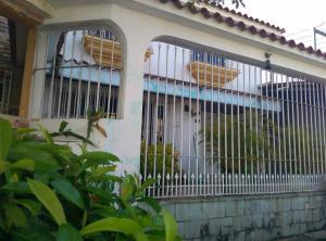 Casa En Venta En Guatire, Villa Heroica, Venezuela, VE RAH: 16-12129