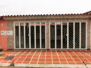 Casa En Venta En Valencia, Los Caobos, Venezuela, VE RAH: 16-12143