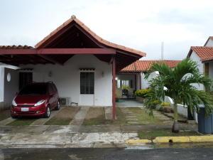 Casa En Venta En Municipio San Diego, La Cumaca, Venezuela, VE RAH: 16-12156
