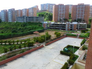 Apartamento En Venta En Caracas, Parque Caiza, Venezuela, VE RAH: 16-12237