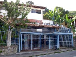 Casa En Venta En Caracas, Prados Del Este, Venezuela, VE RAH: 16-12172